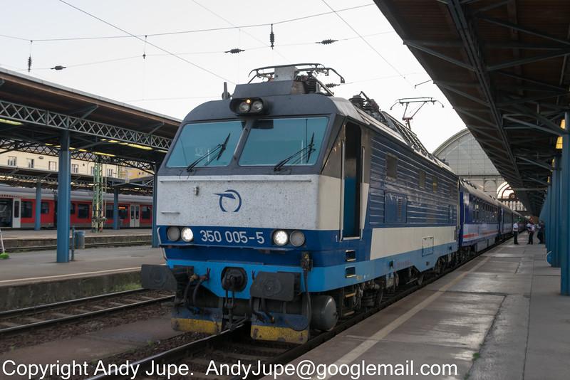 350005-5_c_EN476_Budapest_Keleti_Hungary_06062015