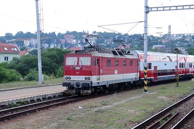 263 011 (91 56 6263 011-9 SK-ZSSK) at Bratislava Hlavna Stanica on 2nd July 2015