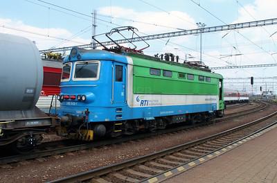 242 543 (91 56 6242 543-7 SK-RTI) at Bratislava Hlavna Stanica on 2nd July 2015 (5)