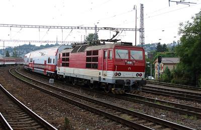 263 012 (91 56 6263 012-7 SK-ZSSK) at Bratislava Hlavna Stanica on 2nd July 2015