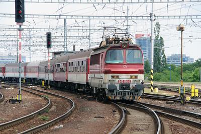 240 136 (91 56 6240 136-2 SK-ZSSK) at Bratislava Hlavna Stanica on 2nd July 2015
