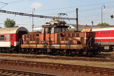 210 040 (97 56 8210 040-2 SK-ZSSK) at Nove Zamky on 2nd July 2015 (2)