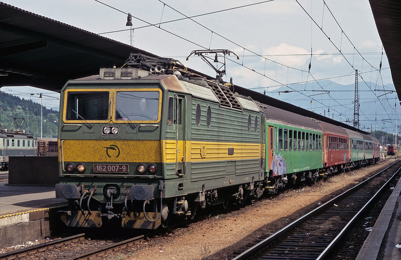 ZSSK 162.007 waits at Zilina station with a local service on 26 June 2008