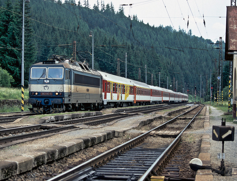 With one of the named InterCity services that has a dedicated, officialy'tagged', first class coach seen behind ZS 363.143 as it rushes through Vychodna on 27 June 2008. This train is IC511, the 1312 from Bratislava to Kosice
