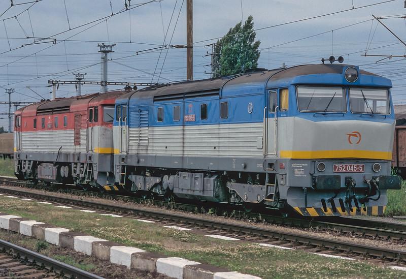 ZS 752-045 + 751-113 Haniska Pri Kosiciac 30 June 2008