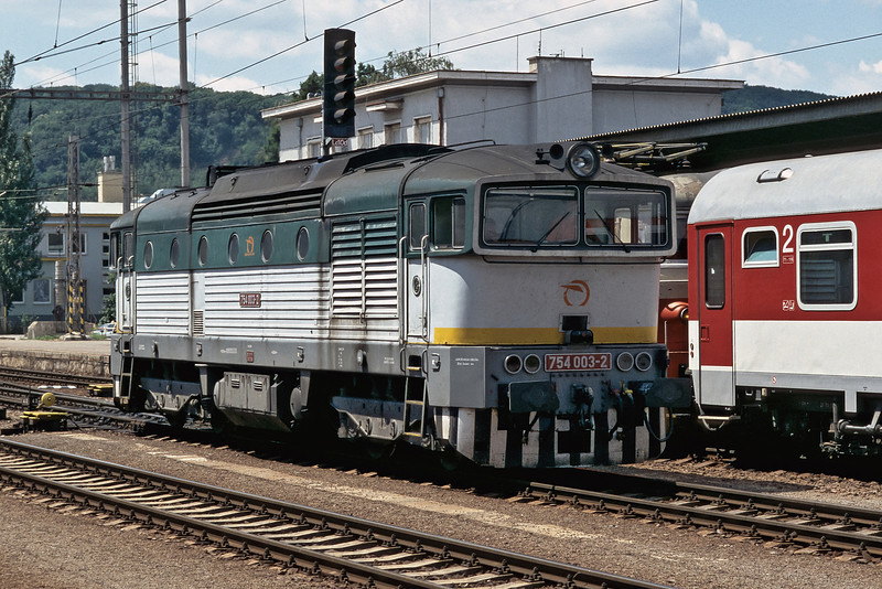 As part of a complicated shunting move where two trains are joined for the run to Bratislava ZS 754.003, which brought in the portion of the train from Presov, runs back to the depot at Zvolen on 28 June 2008