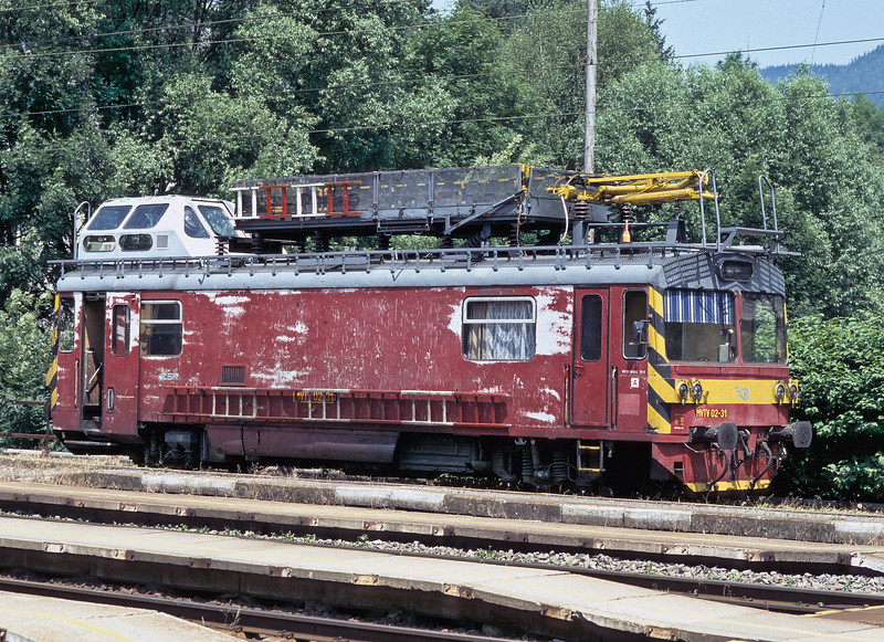 Overhead line maintenance vehicle MVTV02-31 displays interesting weathering patterns as it pauses between duties at Ruzomberok on 27 June 2008