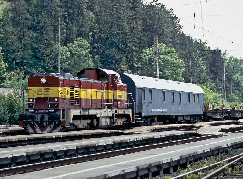 Although numbered in the private owner series 730.617 appears to be working for ZSR, the infrastructure arm of the Slovak railways, as it passes Ruzomberok on 27 June 2008