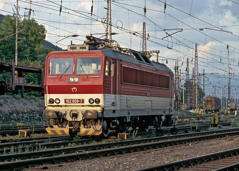 ZS 162.008 heads off to the depot at Zilina on 27 June 2008