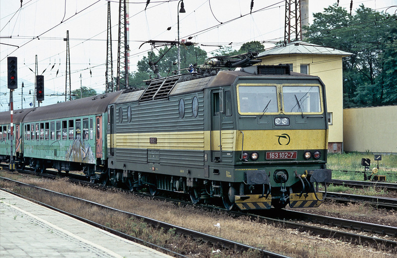 ZS 163.102 arrives at Zilina with train Os7806 from Kosice on 26 June 2008