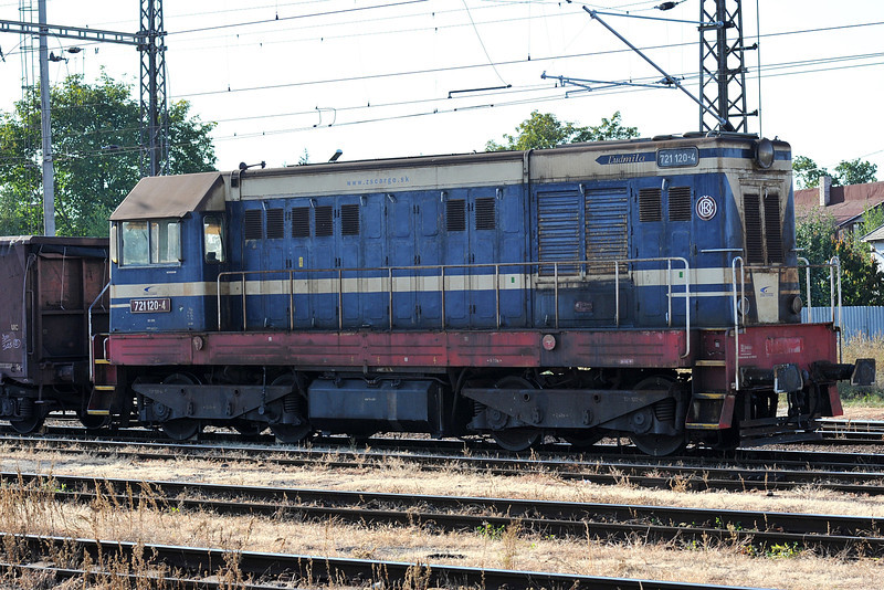 ZS 721-120 was stabled in the yard at Trebisov on 26 September 2011