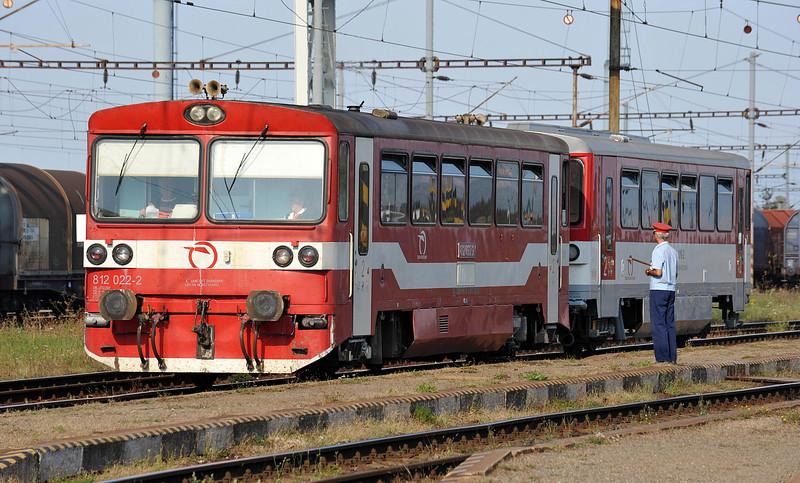 ZS 812-022 departs from Haniska pri Kosiciach on 27 September 2011