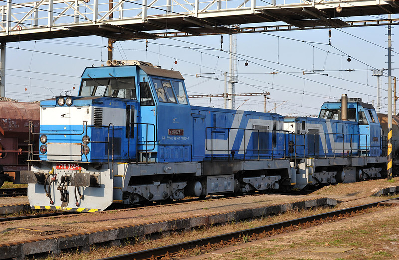 ZS Cargo 736-024 and 736-023 arrive at Haniska pri Kosiciach on 27 September 2011