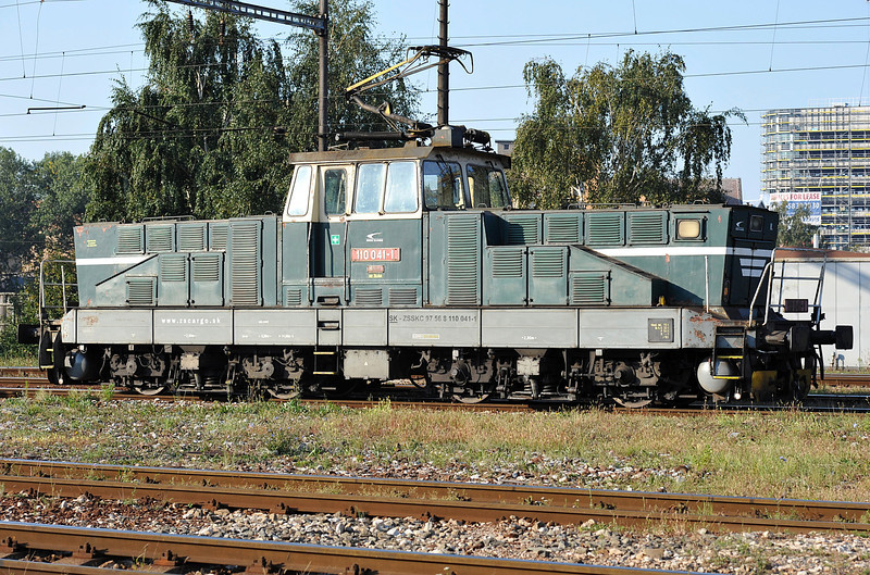 Electric station pilot at Kosice on 27 September 2011 was ZS110-041