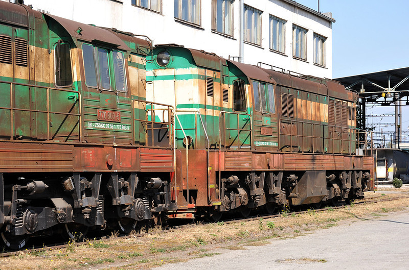Broad gauge diesels 770-803 and 770-801 languish at the rear of the depot at Haniska pri Kosiciach on 27 September 2011