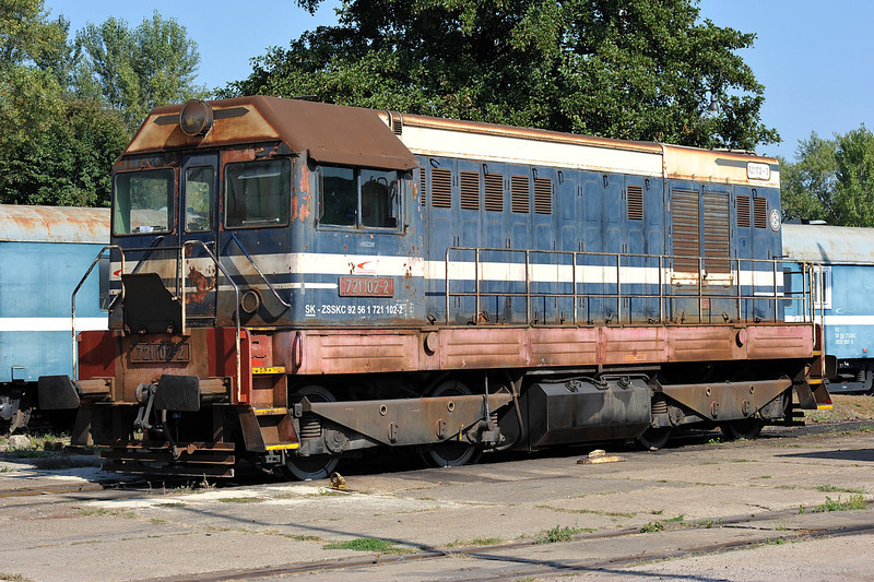 ZS 721-102 sits in the yard at Cierna nad Tisou depot on 26 September 2011