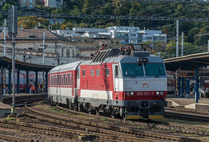 350-014Bratislava10-10-2019b