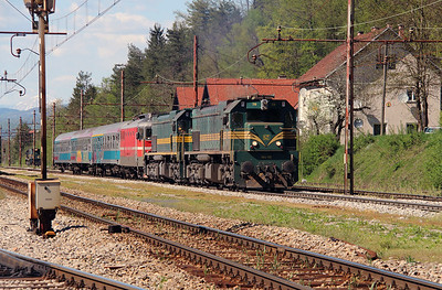 664 119, 664 103 & 342 022 at Borovnica on 21st April 2015 working MV483 (1)
