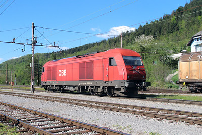OBB, 2016 081 (92 81 2016 081-9 A-OBB) at Borovnica on 21st April 2015