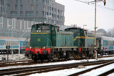 2) 642 301 (98 79 2642 301-1) at Ljubljana on 26th January 2013