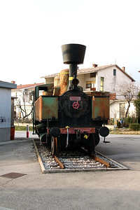 1) steam, 153 011 at Ajdovscina on 25th January 2013