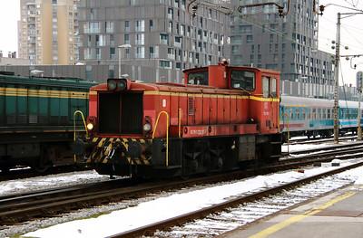 1) 732 185 (98 79 3732 185-7) at Ljubljana on 26th January 2013