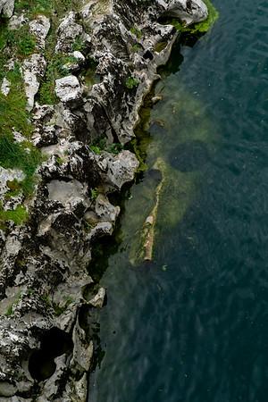 Skull in the Isonzo river .