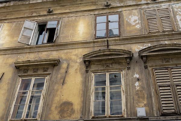 Old windows, Ljubljana