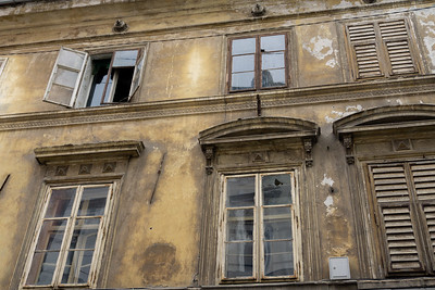 Old windows, Ljubljana