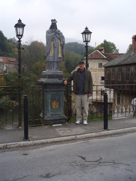 the bridge leading into Skofja Loka from the bus station