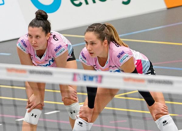 Volleyball Sm'Aesch Pfeffingen - Viteos NUC © Klaus Brodhage (13)