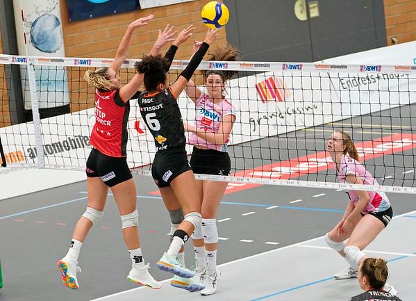 Volleyball Sm'Aesch Pfeffingen - Viteos NUC © Klaus Brodhage (8)