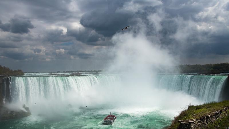 Niagara Pause