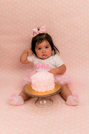 {Daleyza's Smash Cake}