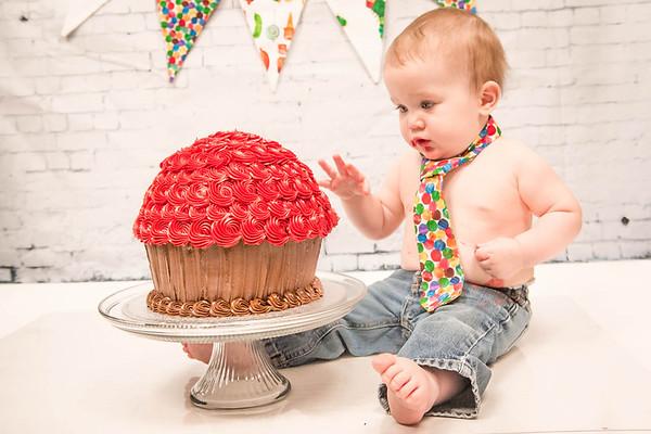 {Ryder's Smash Cake}