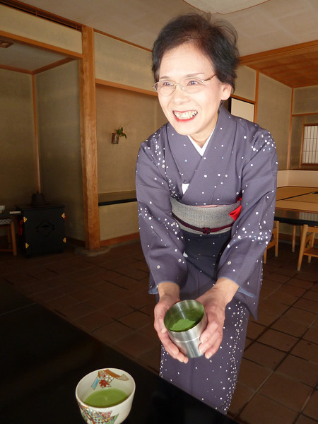 On a recent trip to Japan I went to four tea ceremonies but the first tea ceremony on my very first day in Japan was my favourite. The tea master at the art gallery in Toyama pictured here was wearing the most beautiful kimono which she'd chosen specially because the pattern represented snowflakes and it was a cold, snowy day in February.