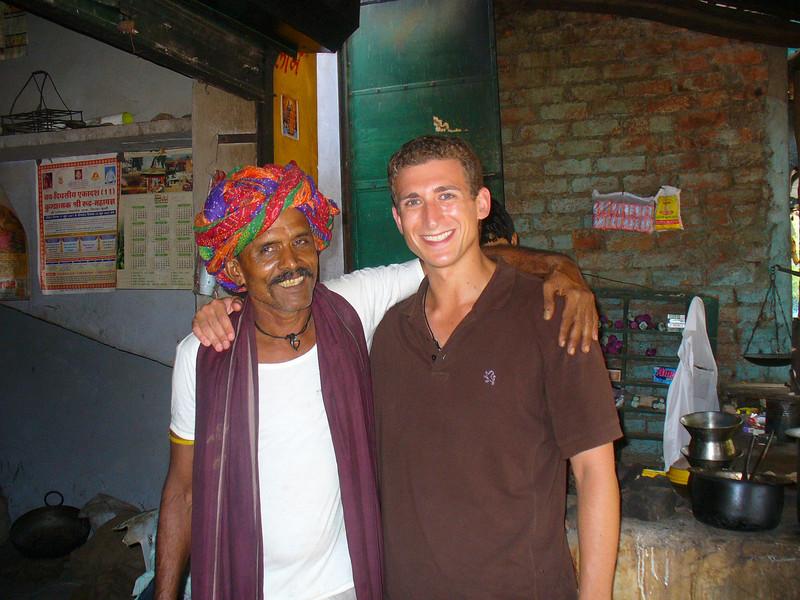 "<a href=""http://www.smilingfacestravelphotos.com/travel-photos/tea-man-bundi-india-travel-photo"">http://www.smilingfacestravelphotos.com/travel-photos/tea-man-bundi-india-travel-photo</a> : Today's daily smiles travel photo is of Wandering Earl (Derek Earl Baron) posing with an Indian Chai man (Tea Man) in Bundi, India."