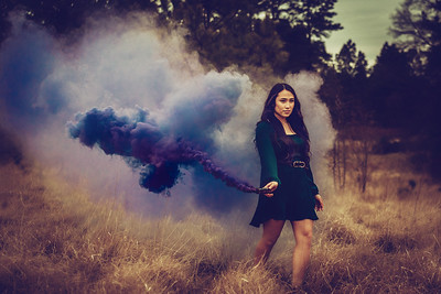 ALyssa smokebomb (1 of 1)