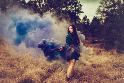 ALyssa smokebomb 3 (1 of 1)