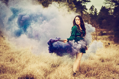 ALyssa smokebomb 2 (1 of 1)