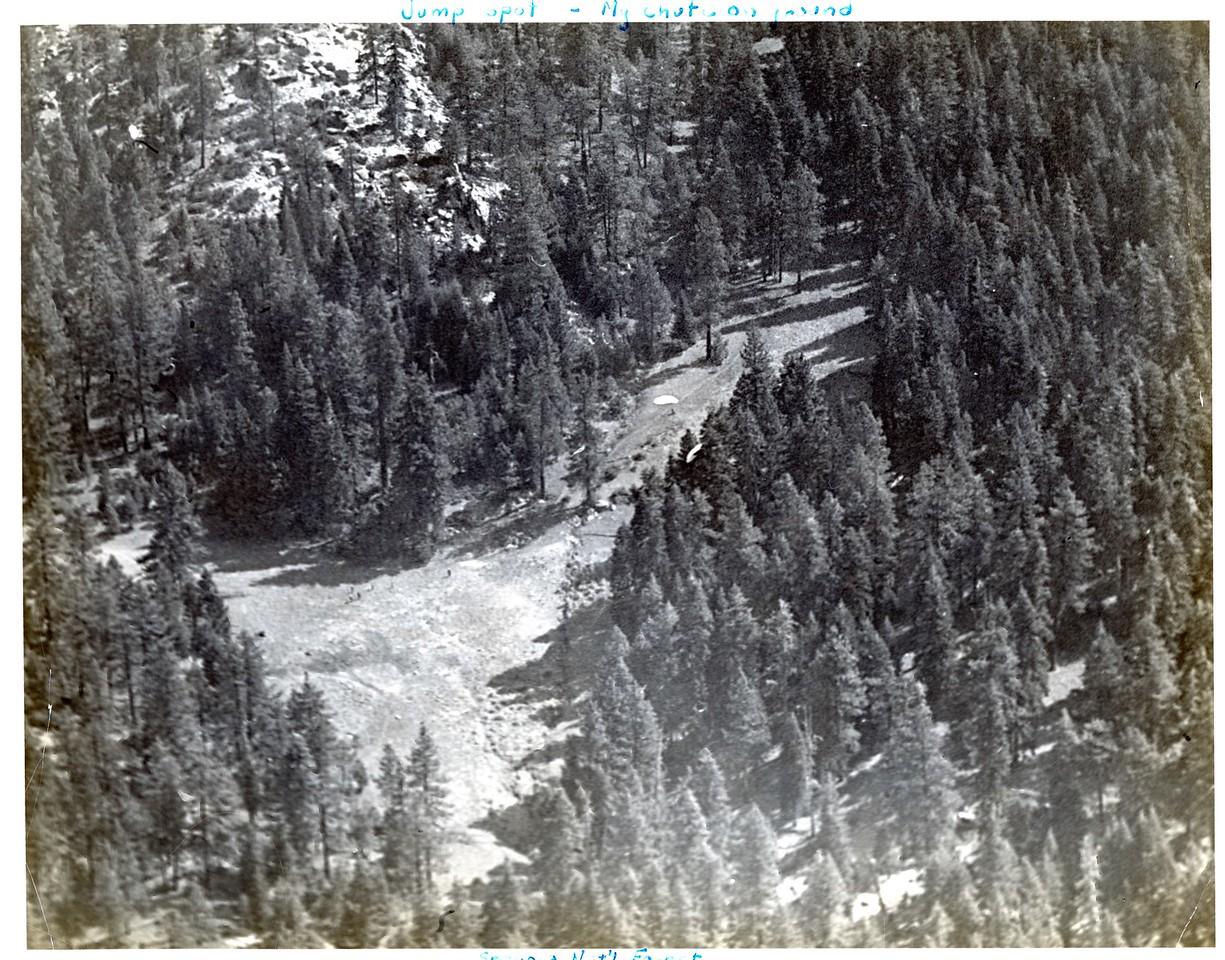 Scofield's chute on the ground. Osa Fire 1949