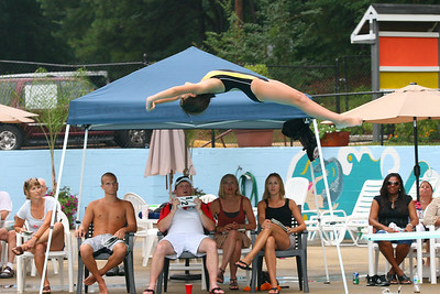 Sharks-Redfield-Dive-26