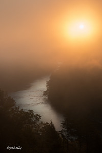 10-20-2017.  Morning started with fog so thick you couldn't see out the window.  As the sun came up and the fog slowly started to lift, this was the view  of the Cumberland River from the lodge patio.  It was so spectacular that the waitresses were running out of the restaurant with their phones.
