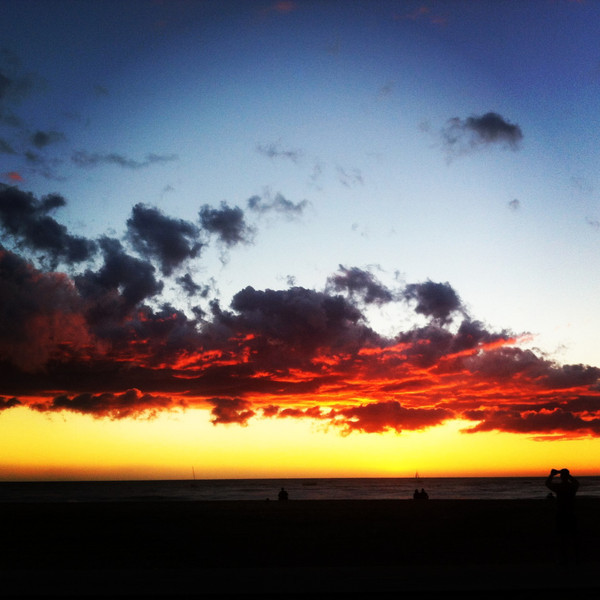 01/27/2013:<br /> Sunset in Play Del Rey.  Didn't have time to process the shots from the Mark 3, so good thing I snapped one with my iPhone too!