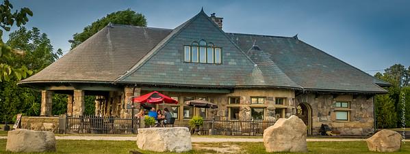 Mettawas Mediteranean Grill, Kingsville Ontario
