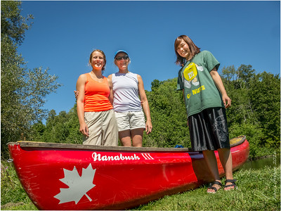 Sayo with her hosts, Stephanie and Fernanda, participating in a most Canadian activity!