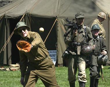 5_2_15  World War II Weekend at Graeme Park