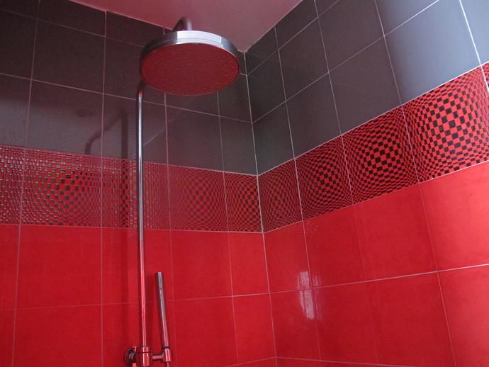 Master bedrooms en suite shower