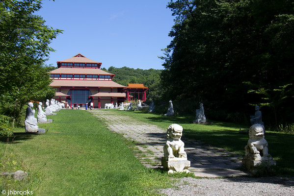 Chaung Yen Monastery