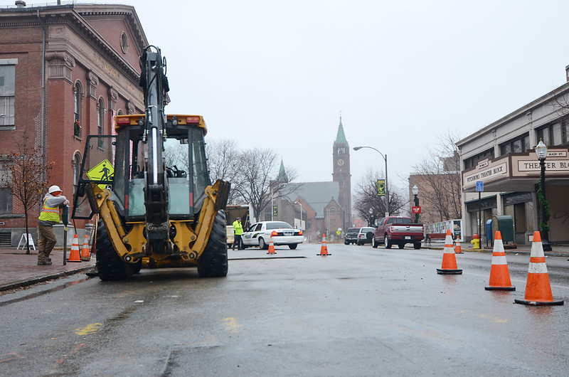 Construction has been ongoing on Main Street in Fitchburg as crews work to replace an old natural gas pipeline for Unitil. SENTINEL & ENTERPRISE / Ashley Green